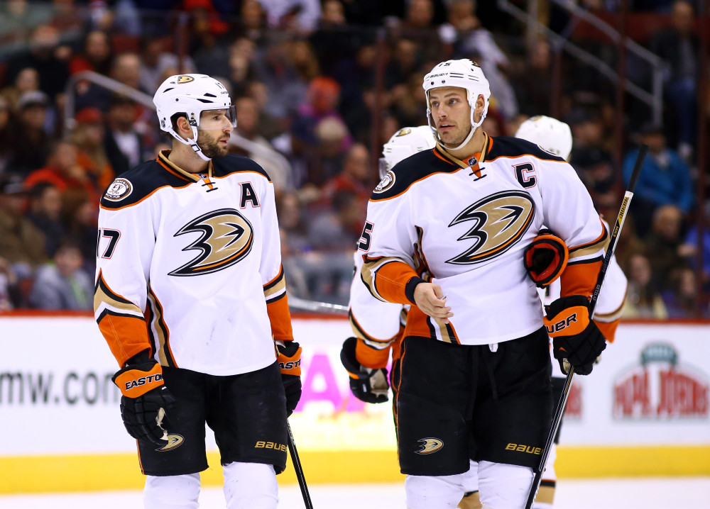 usp-nhl_-anaheim-ducks-at-arizona-coyote