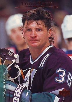 1995-96 Todd Ewen Hockey Card