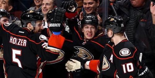 Photo Edit: Anaheim Ducks Twitter